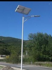 Clasic lampadaire Solaire, Curve lampadaire Solaire Design, Lampadaire Design jardin Panneau